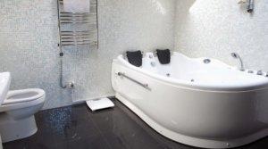 Какую ванну выбрать для себя