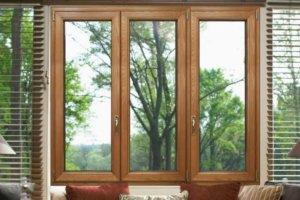 Почему стоит выбирать окна из натурального дерева