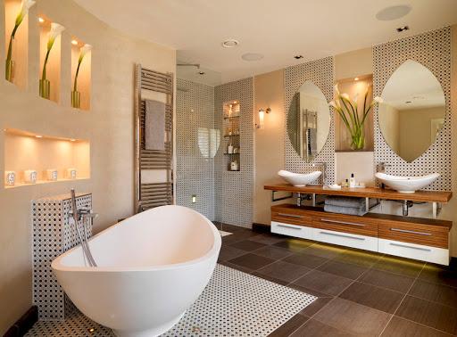 Как красиво и прагматично обустроить ванную?