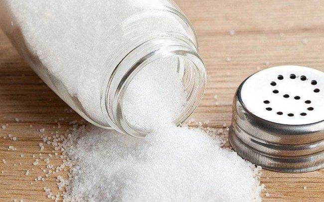 соль на подоконнике